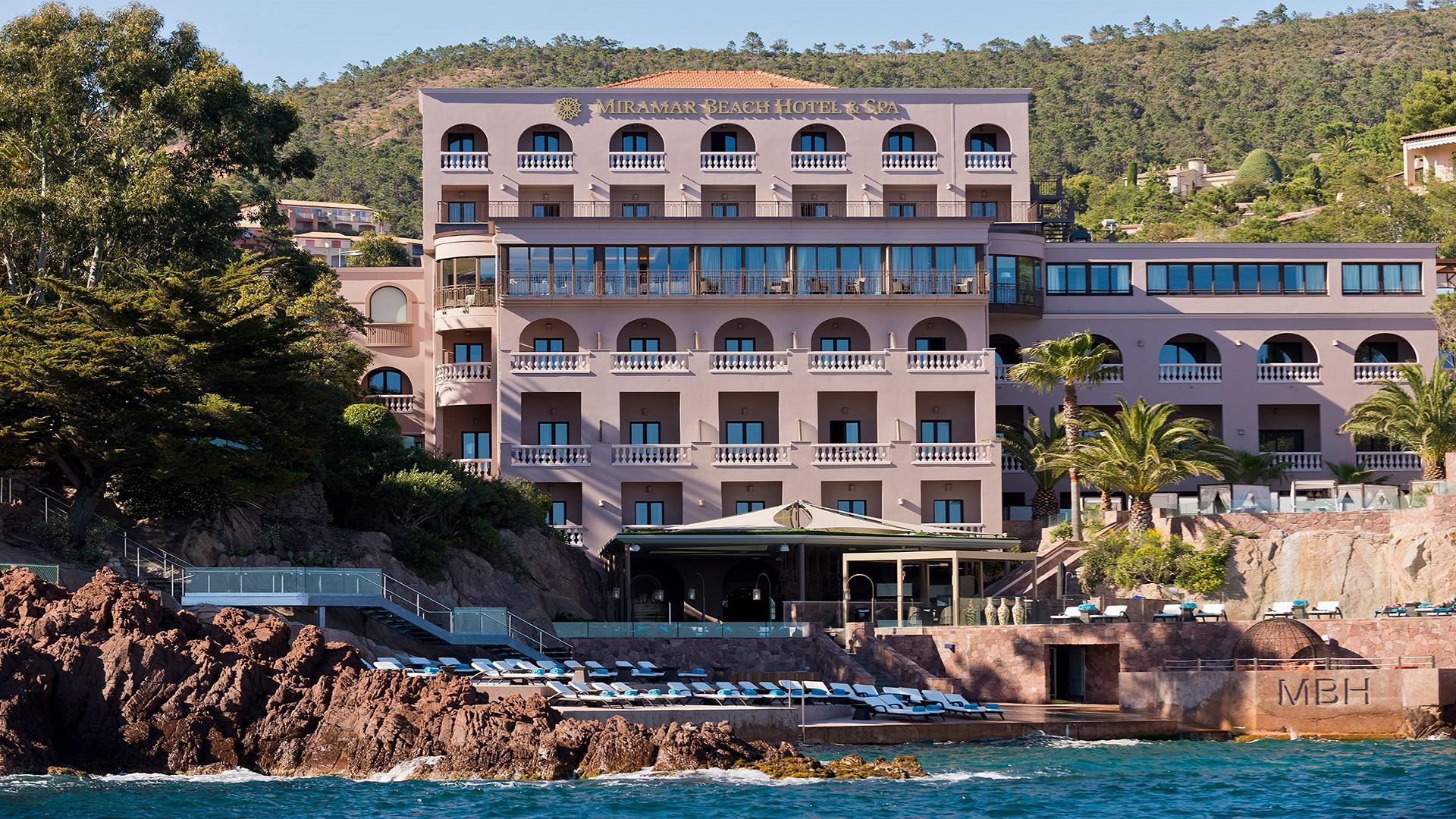 Tiara Miramar beach hotel